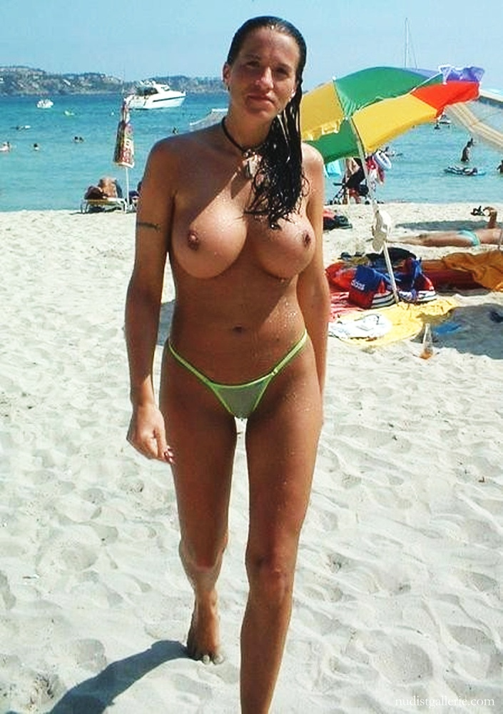 large breasted girls nude