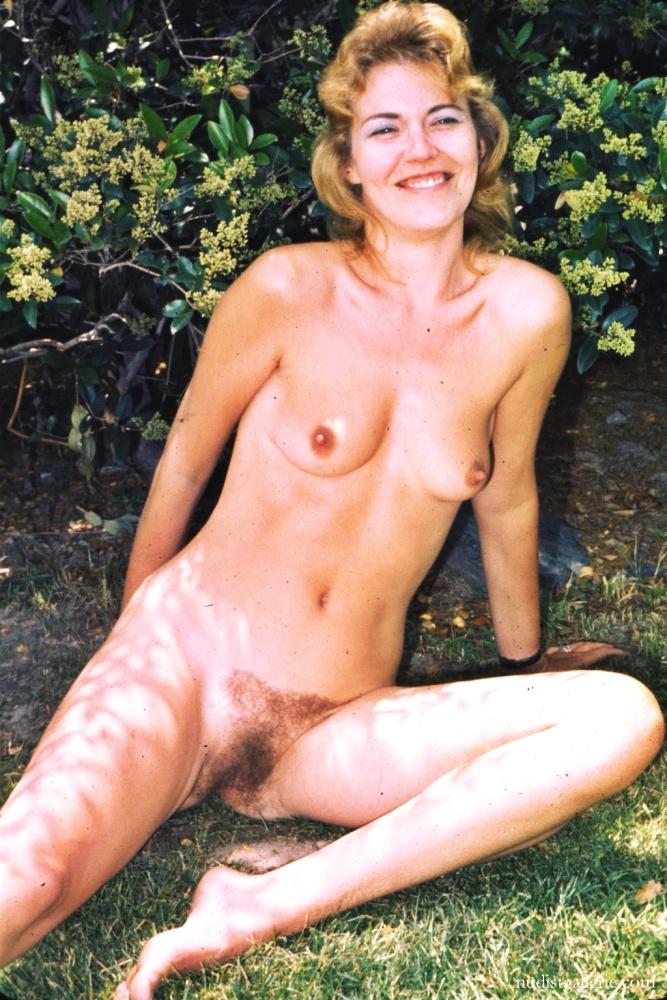 retro-hairy-hot-nudist-women-pichunter-hardcore